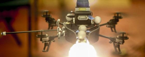 LE MIT CONÇOIT UN DRONE D'ÉCLAIRAGE POUR PHOTOGRAPHES