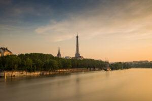 <strong>La Seine à Paris<span>Ambiances </strong><i>&rarr;</i>
