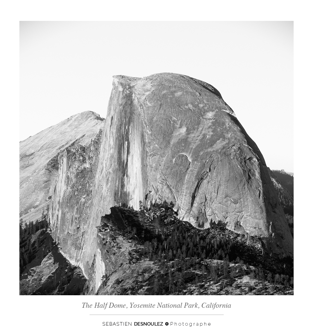 <strong>Galerie Photo Noir et Blanc<span><br /><small><figcaption>The Half Dome, Yosemite National Park, California, USA - Photo : © Sebastien Desnoulez</figcaption><small><br /><b>voir en plein écran</b></span></strong><i>&rarr;</i>