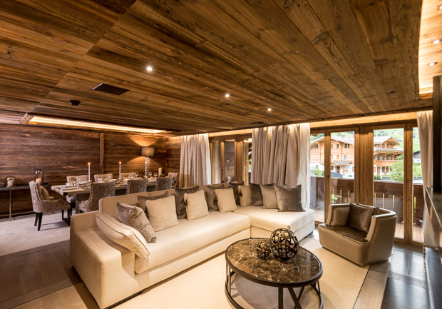 <strong>Shooting architecture et décoration d'intérieur hôtel de luxe à Gstaad<span>Architecture </strong><i>→</i>