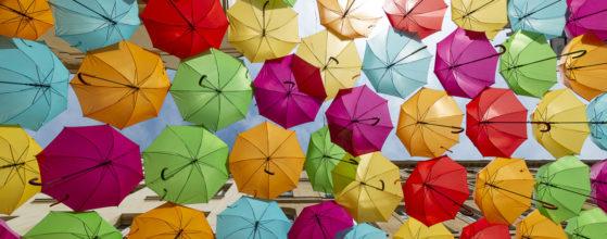 Exposition Umbrella Sky de l'artiste portugaise Patricia Cunha au Village Royal - Photo : © Sebastien Desnoulez photographe d'ambiances et d'architecture