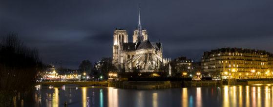 Notre Dame de Paris pendant la crue de la Seine en janvier 2018 - Photo : © Sebastien Desnoulez photographe d'ambiances et d'architecture